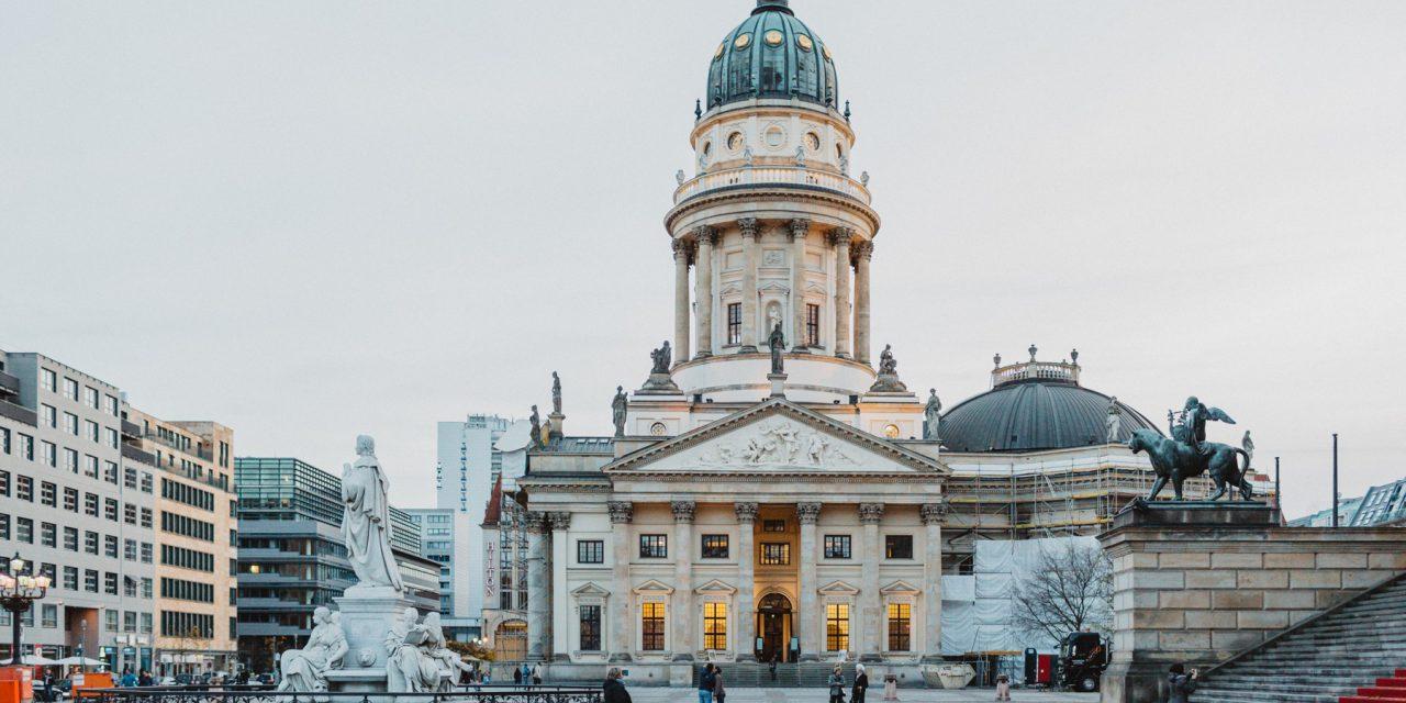 Flytographer Travel Guide: Best of Berlin