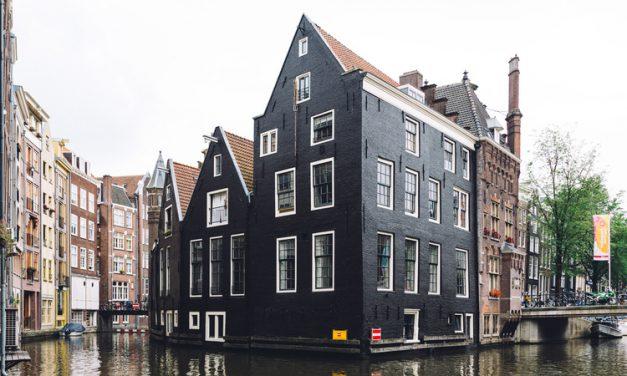 Photographer Q&A Series: Silvia in Amsterdam