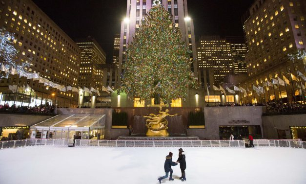 Our Favourite Holiday Proposal Moments from Around the World