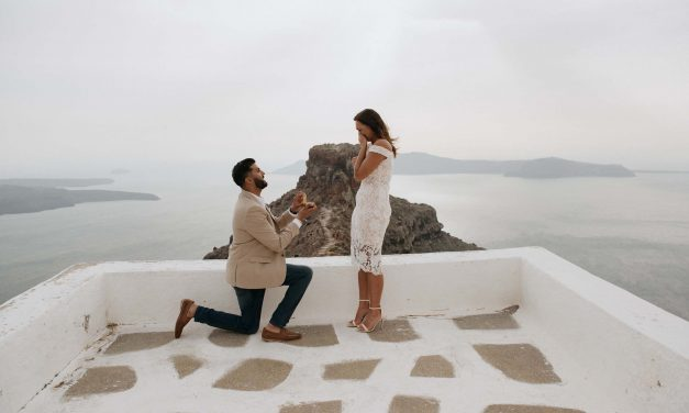 Pulling Off the Ultimate Surprise Proposal in Santorini
