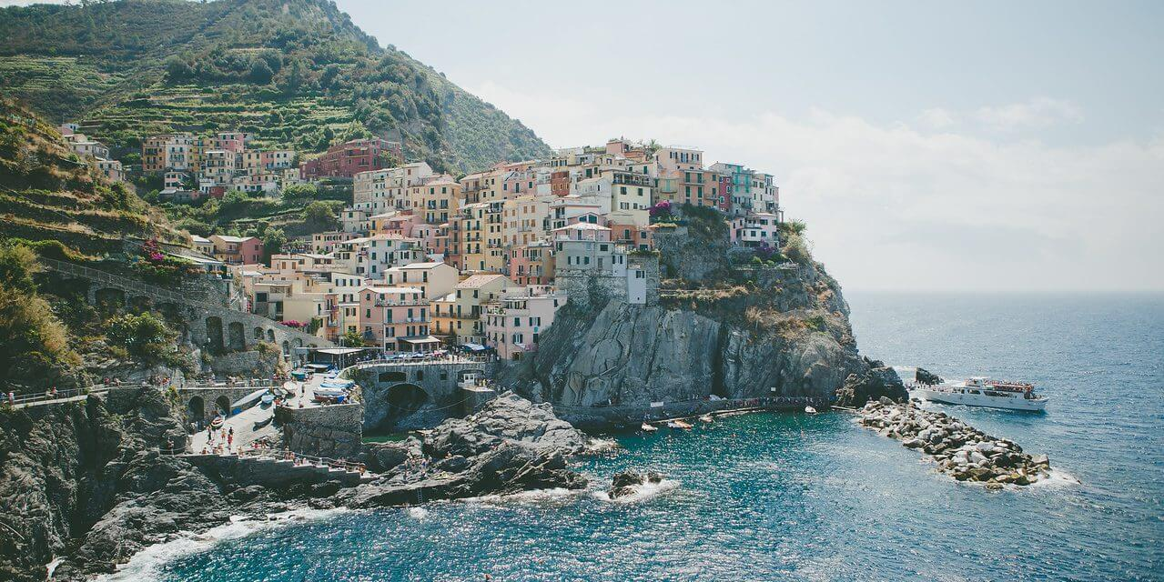 Coast with the Most: Amalfi vs Cinque Terre