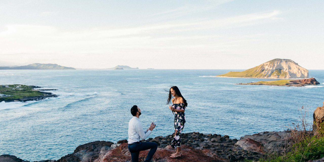 A Dreamy Honolulu Proposal Overlooking the Coast