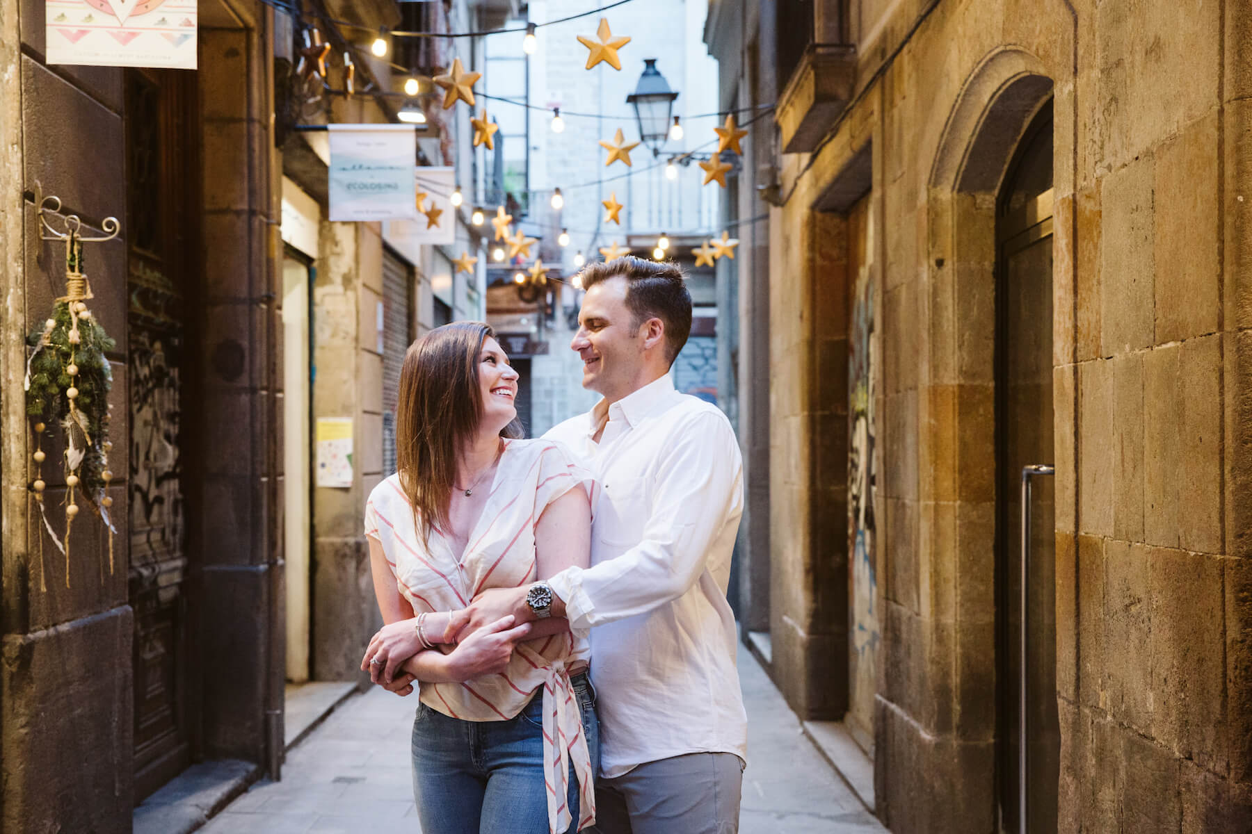 couples trip in Gothic Quarter in Barcelona, Spain