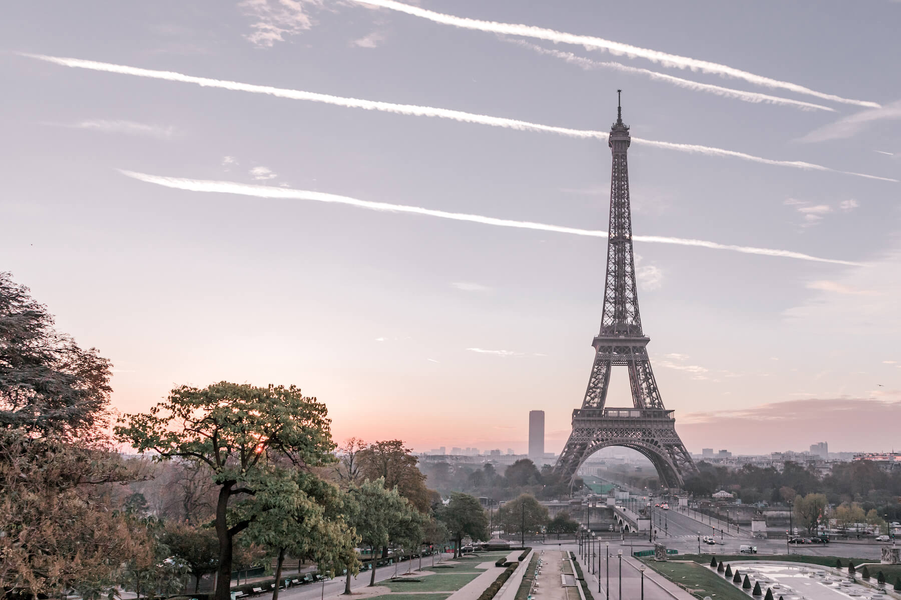 Hidden Gems: Flytographer's Local Guide to Paris