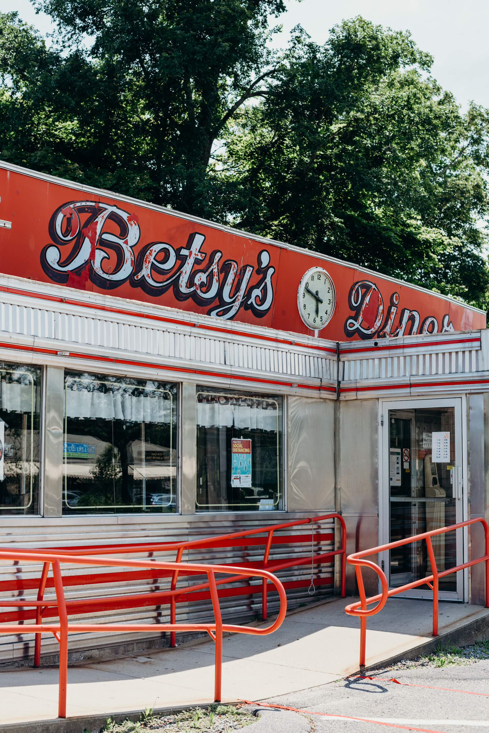 Exterior of Betsy's Diner in Cape Cod, Massachusetts, USA.
