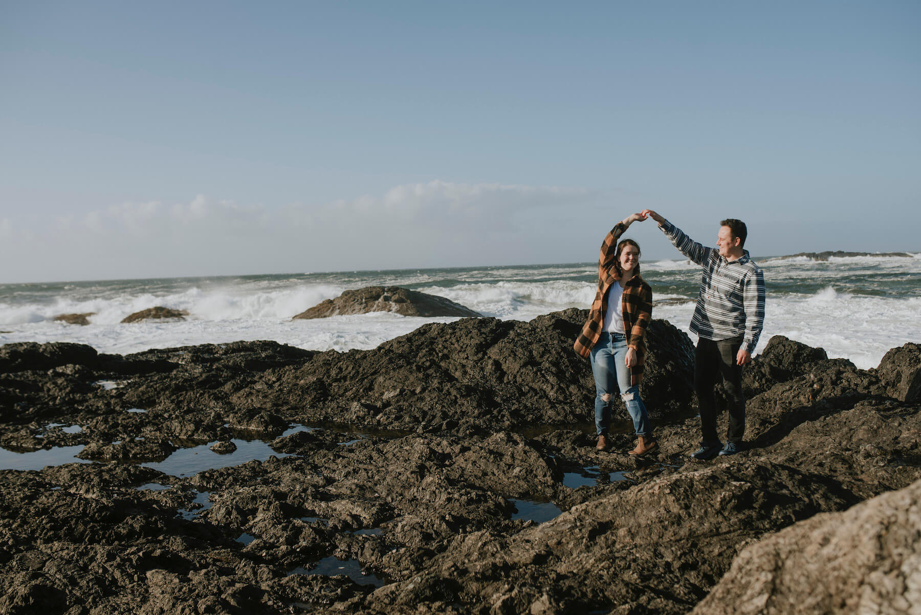 couple on vacation, surprise proposal in Tofino British Columbia Canada