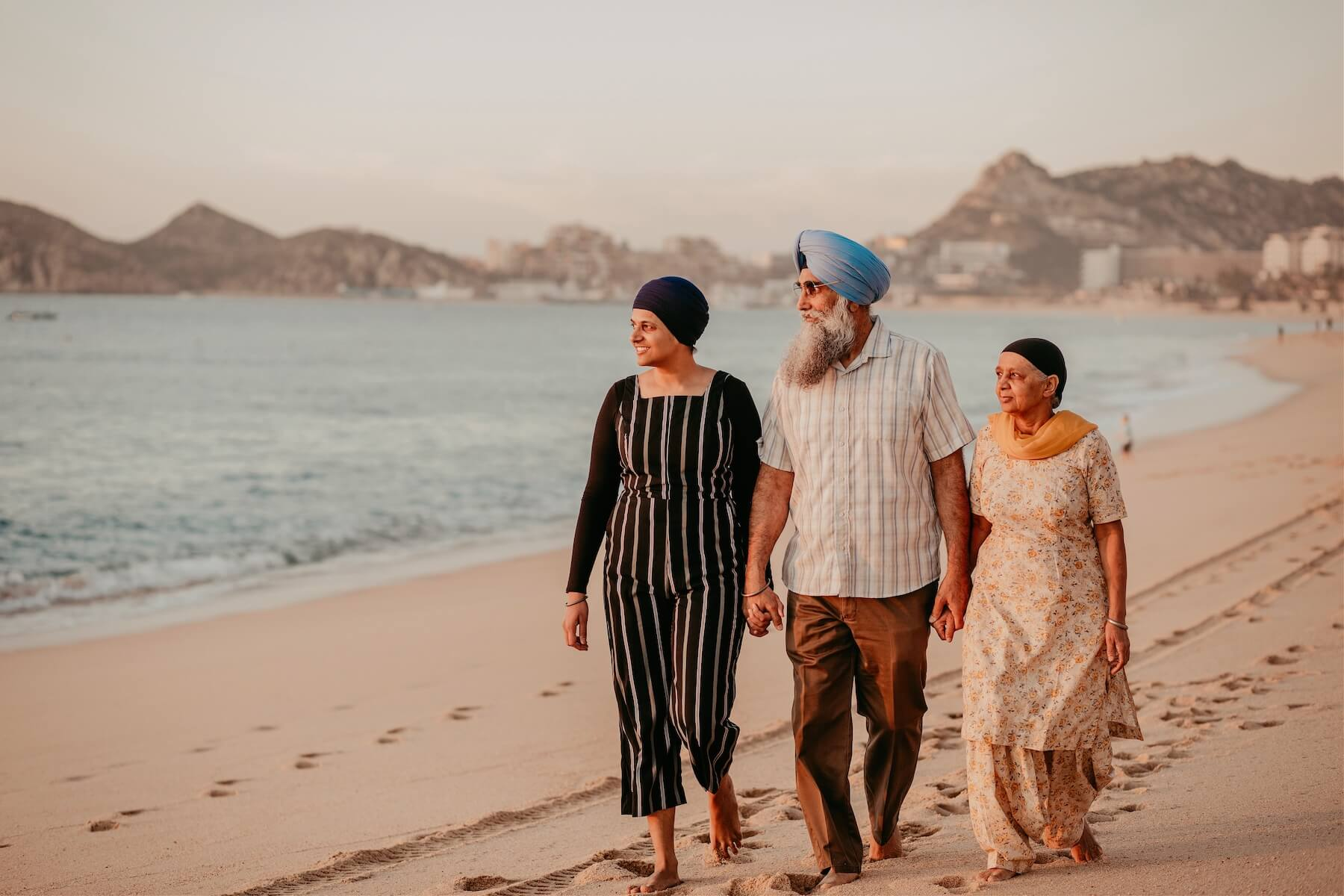 multi-generational family photo shoot in Cabo San Lucas Mexico