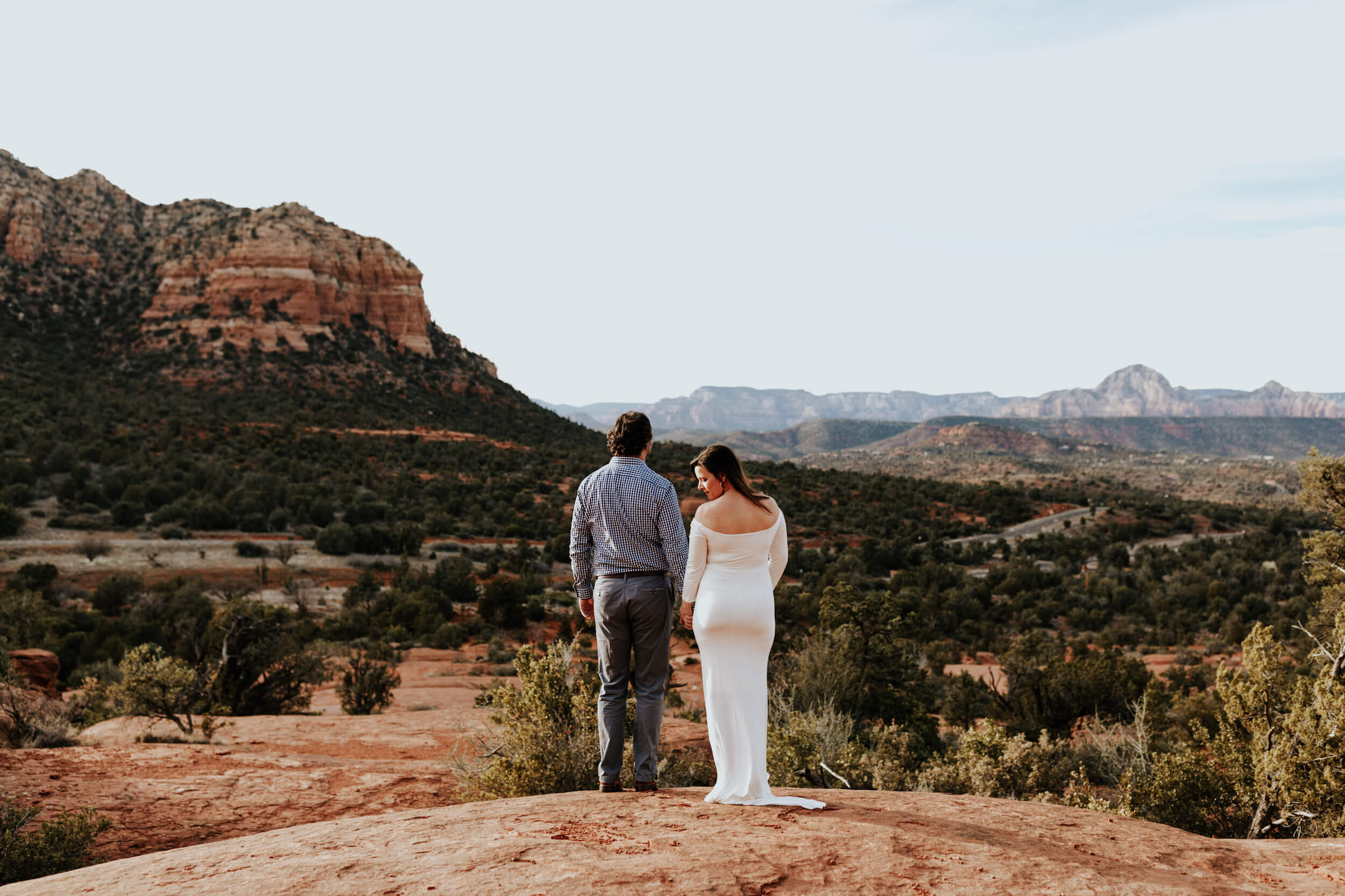 photo of a couple in the desert in Sedona captured by Flytographer