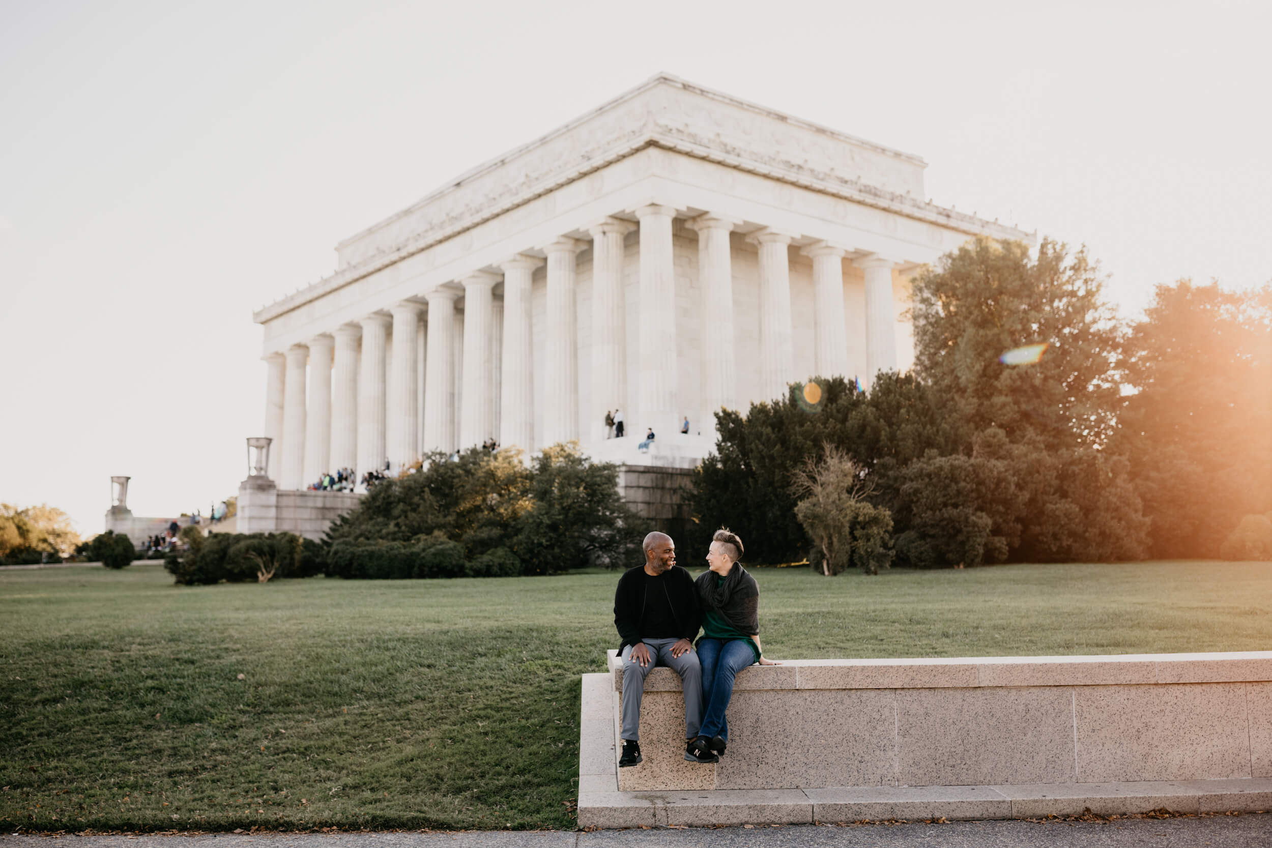 couple in Washington DC on a Flytographer Photo shoot